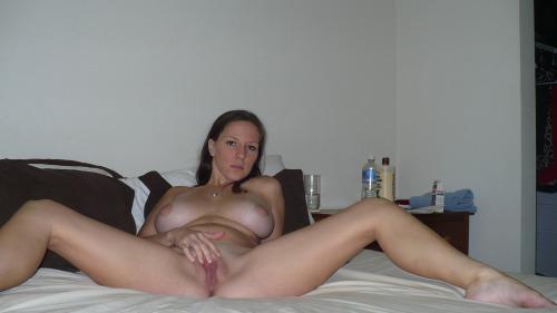 Femme infidele cherche plan sexe sur le 27