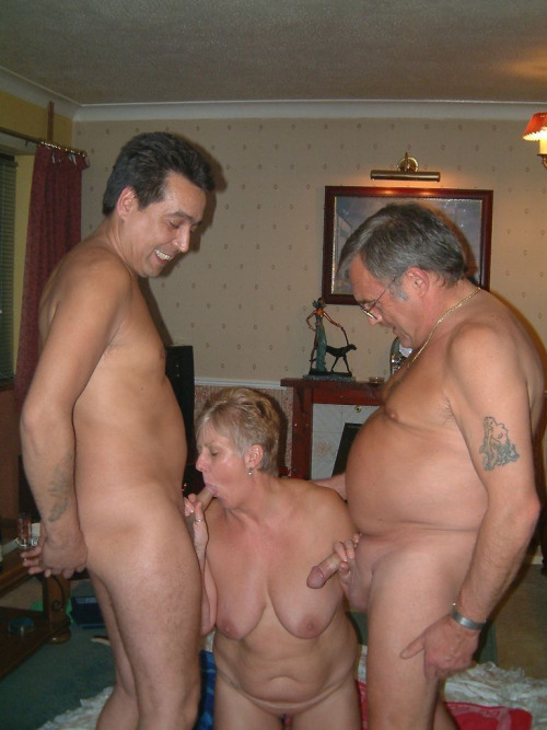 femme mature nue sexy 67