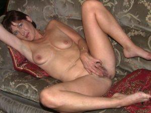 mère au fouyer du 36 veut découvrir le sexe anal